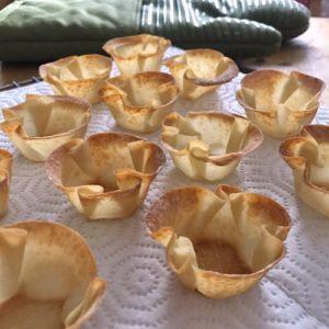 02 wonton cups